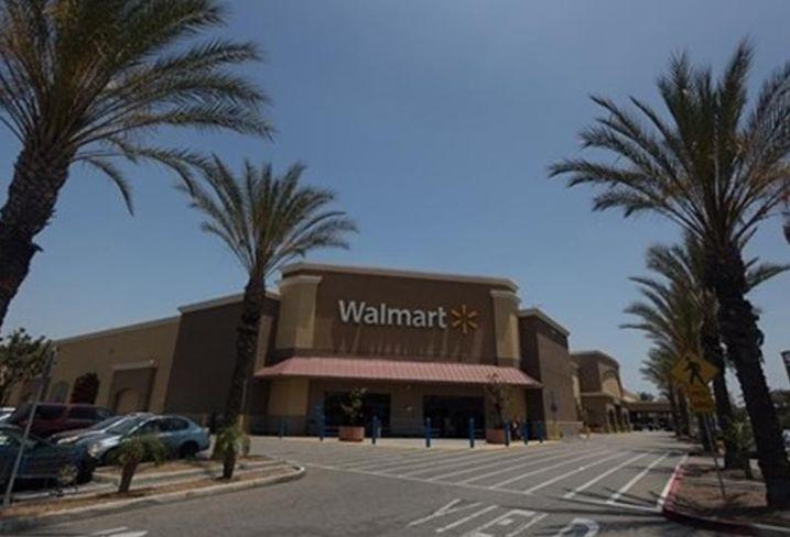 Walmart Supercenter in Norwalk