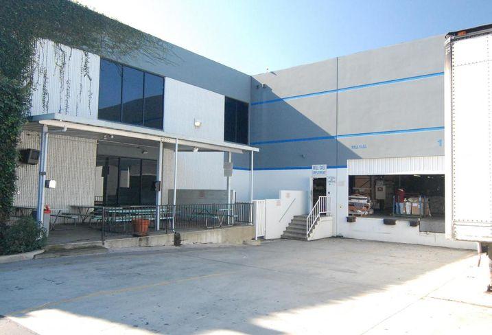 Single-tenant industrial in Santa Fe Springs, CA
