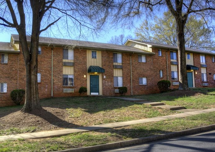 Blackfin Real Estate Snaps Up Southwest Charlotte Apartments