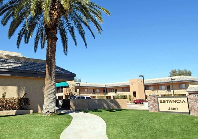 SoCal Investor Snaps Up Older Scottsdale Apartments, Plans Renovation