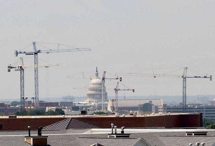 DC Capitol cranes construction development