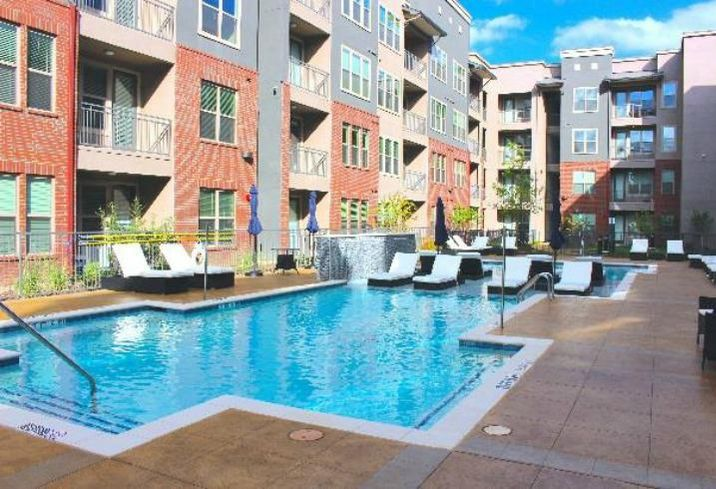 Walker & Dunlop arranged a $18M loan for The Flats at Frankford Station, a Class-A, 185-unit multifamily mid-rise in Carrollton. Walker & Dunlop's Stuart Wernick and Matt Newton placed the debt with Fannie Mae on behalf of Frankfurt Properties.