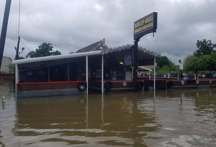 Houston Flooding, HubCap Grill