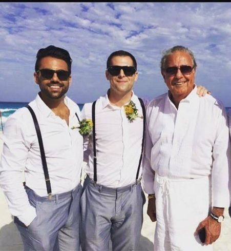 NKF Managing Director Michael Moll (center) with his brother and father.