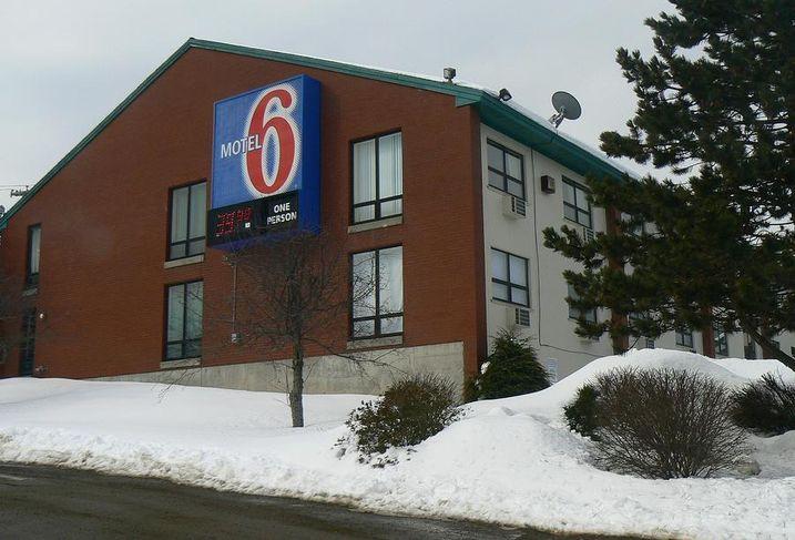 Restaurants, Motel 6 Launch Fight Against Human Trafficking