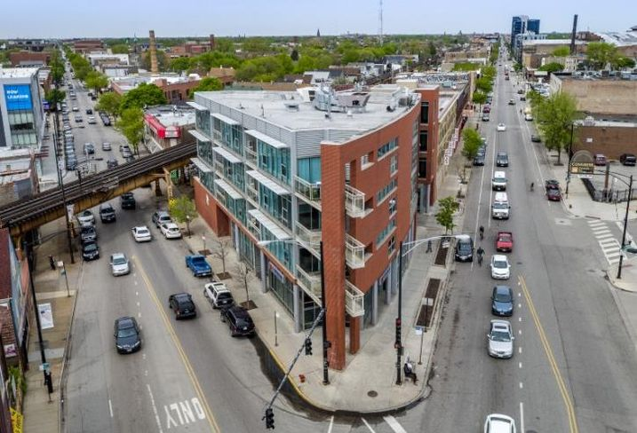 33 Realty handles leasing and property management for this luxury apartment building in Bucktown.