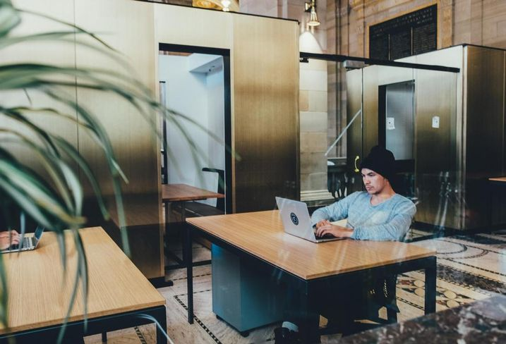 Today's Modern Office Design Is All About Flexibility And Privacy