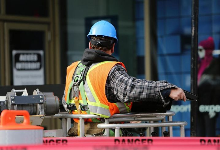 Why Developers Need To Carefully Review Their Construction Team's Insurance Policies