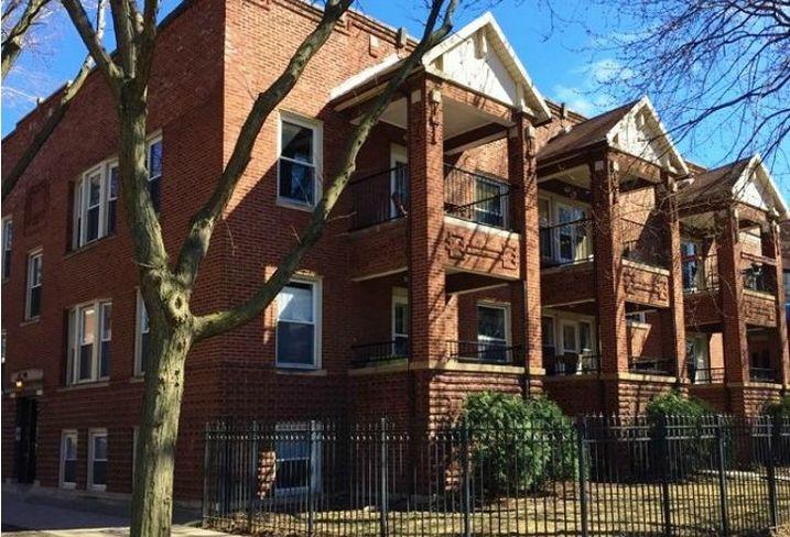 Sunnyside Lane Condominiums, Chicago