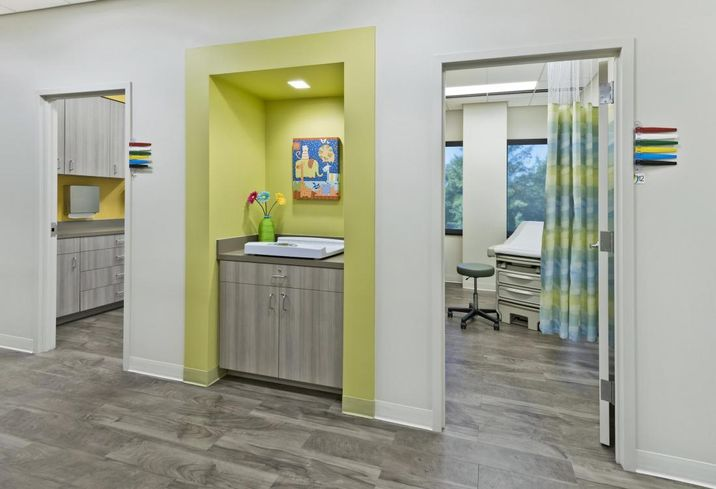 Next-Generation Healthcare Brings Urgent Care And Hotel-Like Clinics