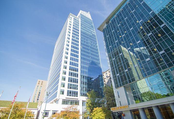 Charlotte skyscraper 300 South Tryon.