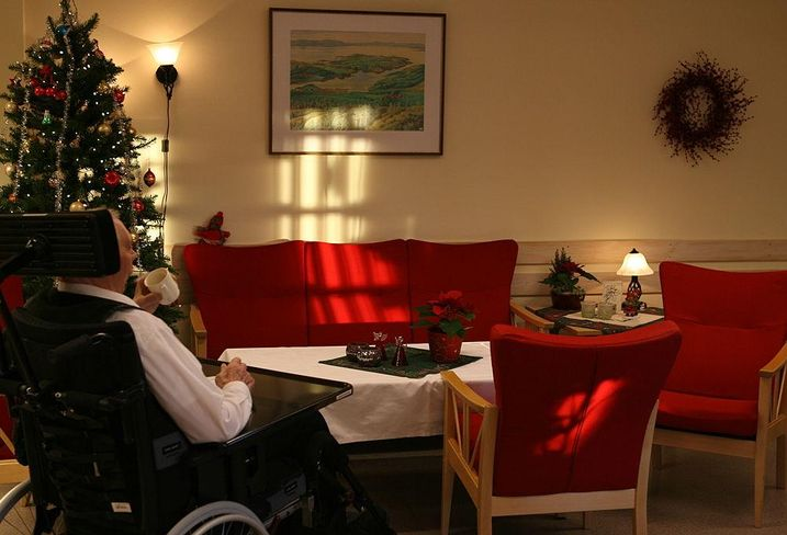 Nursing home during the Holidays
