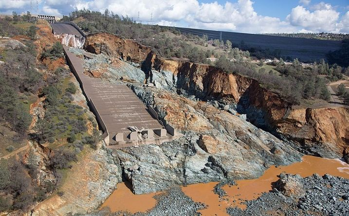 Investigators Say Long-Term Systemic Problems Caused Oroville Dam