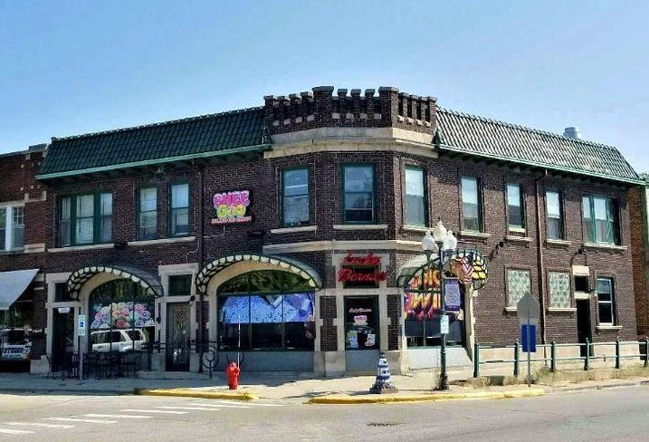 1 Nippersink Blvd., Fox Lake, Illinois