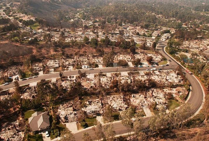 Fire destruction of Scripps Ranch in San Diego in 2003