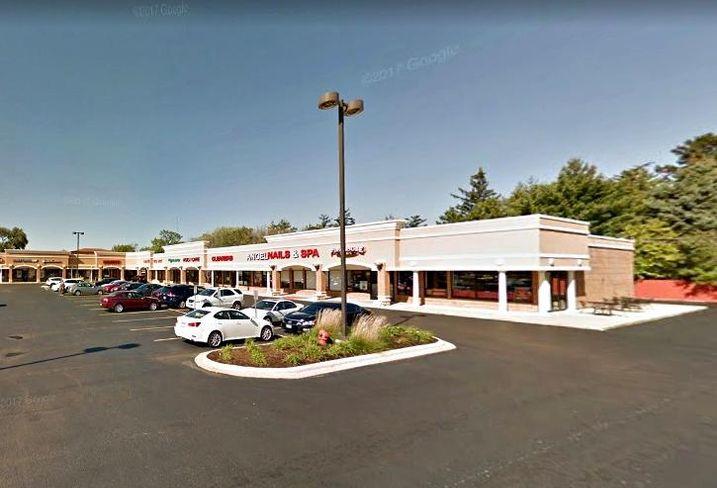 Suburban Chicago retail real estate leasing
