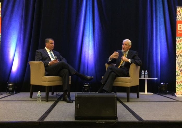 Hillwood Senior Vice President Walk Zartman and Former Dallas Mayor and VIEW Board Member Tom Leppert.