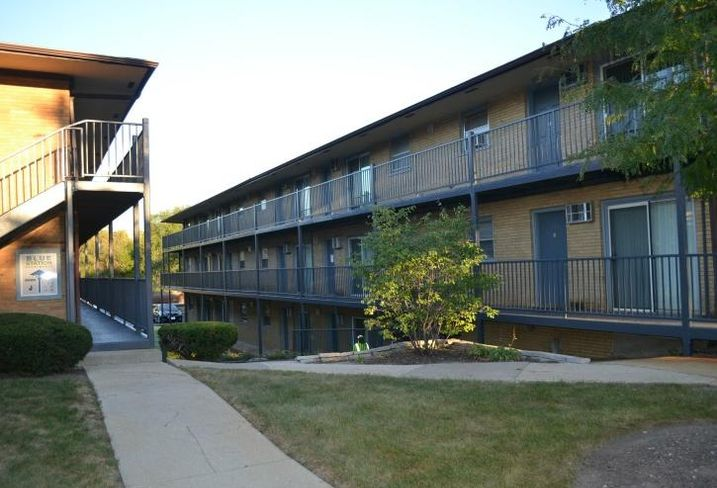 Blue Station Apartments, Blue Island, Illinois