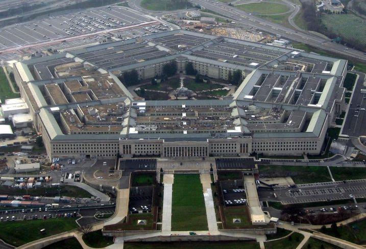 Security, Cost, Demographics Keep Defense Companies Moored To U.S. Suburbs