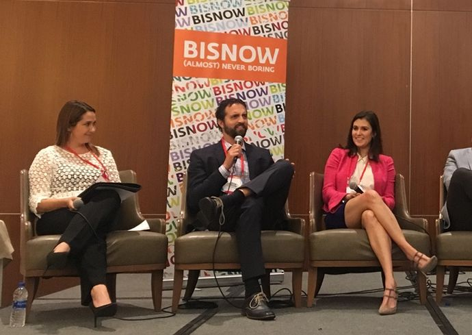 Fidelity National Title Vice President National Commercial Services Kendahl Stein, who moderated, Harbor Associates Principal Justin Loiacono, and CBRE Associate Caitlin Bonacci.