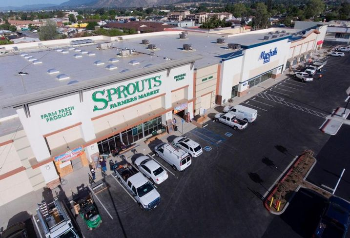 Champion Real Estate Co. has sold a newly redeveloped 70,811 SF grocery anchored retail center in Glendora to 655 South Grand Avenue Owner LLC for an undisclosed price. The Grand & Alosta shopping center is co-anchored by Sprouts and Marshalls and is 100% leased. HFF's Bryan Ley, Gleb Lvovich and Justin Kundrak represented the seller.  The buyer represented itself.