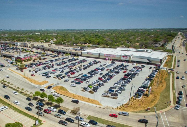 Sears And Toys R Us Emptying 1M SF In DFW, But New Anchors Push To Near-Record Q2 Retail Occupancy