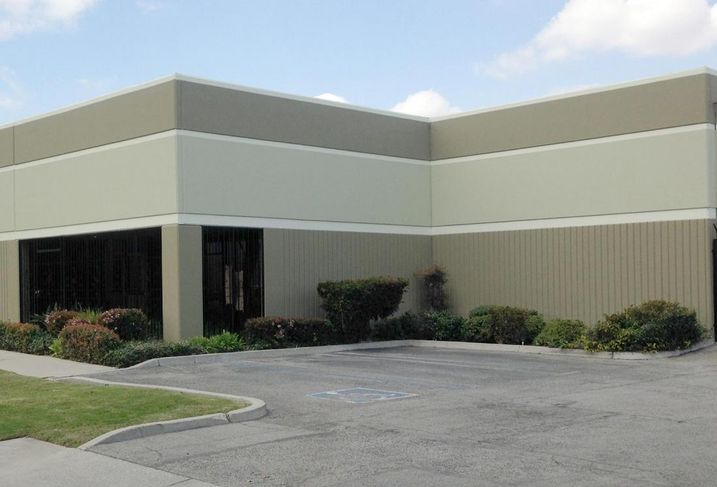 Deluca Living Trust has sold a 10,427 SF industrial building in Compton to Capstan Inc. for an undisclosed price.