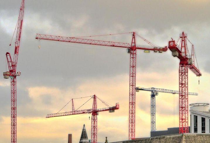 Manchester skyline cranes deansgate whitworth street