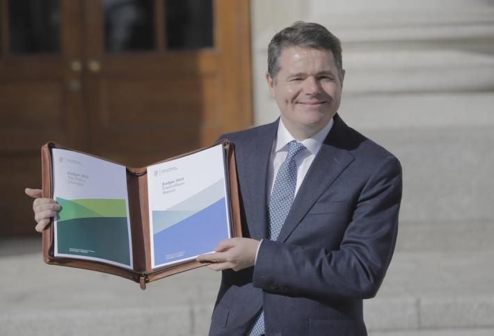 Minister Paschal Donohoe with Budget 2019