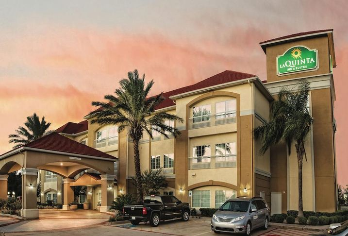 CBRE's New Expert Secures Financing For Underserved Hotel Investment Market