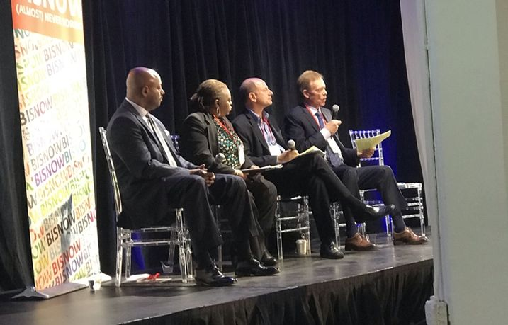 Chicago Housing Authority CEO Eugene Jones, Preservation Of Affordable Housing Vice President  Community Partnerships, POAH Communities Felicia Dawson, Belgravia Group CEO Alan Lev and Oxford Capital Group, Oxford Hotels & Resorts President and CEO John Rutledge.