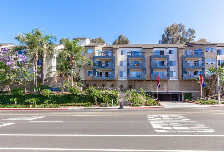 Manchester Square 2 LLC has acquired a 60-unit multifamily community in San Pedro from TruAmerica Multifamily for $20.5M. The Bayridge Apartment Homes is a garden-style condo-mapped multifamily community with studio, one- and two-bedroom floor plans at 1099 W. Capital Drive. Berkadia's Jim Fisher and Mike Smith represented the seller.