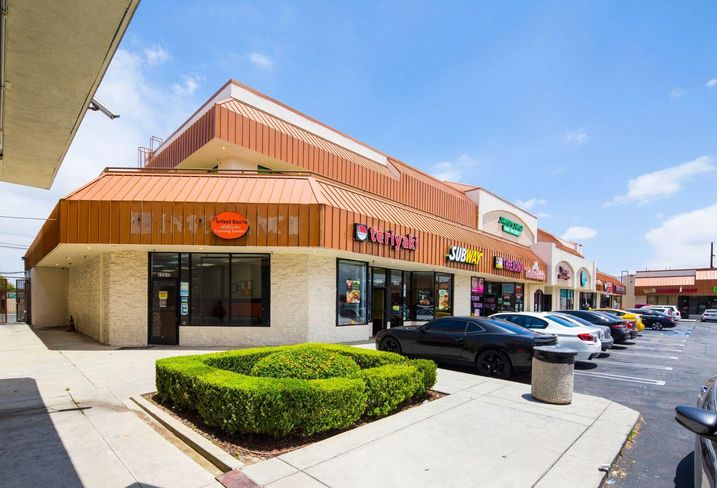 The Gardena Plaza is a 55,705 SF retail property on 3.54 acres at 2305 W. Rosecrans Ave. in Gardena