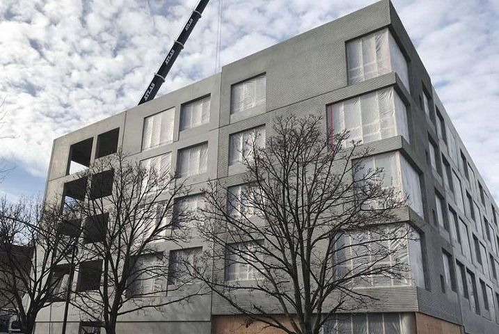 Oso Apartments Tops Off (1)