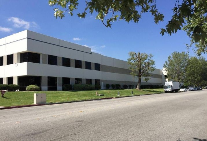 Triscenic Studios, a full-service company providing new stages, transportation, storage and labor to the entertainment industry, has signed a lease with LIPT ASP Valencia to occupy an industrial building at 25045 Avenue Tibbitts in Valencia.     Located at 25045 Avenue Tibbitts, the 142,392-square foot building features 28'-30' minimum clearance, 26 truck high position doors and two ground level loading doors.