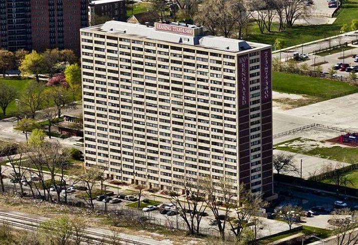 New Englewood Terrace Apartments, a 304-unit, 23-story building at 6425 South Lowe St.