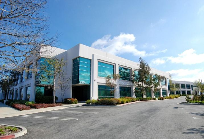Office building at 2380 Conejo Spectrum St. in Thousand Oaks