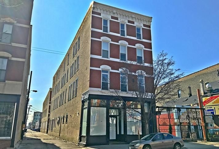 1157 W 18TH Front (1)