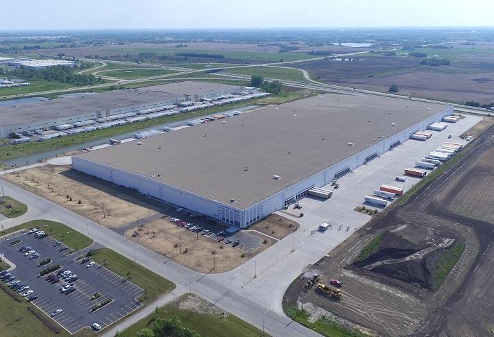 Georgia Pacific's 1M SF distribution center in University Park, Illinois