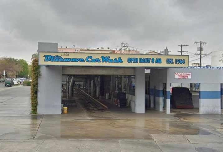 Bluewave Car Wash in West Los Angeles