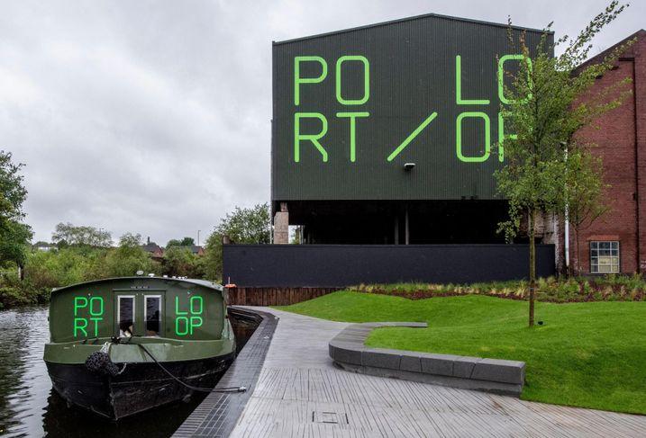New park at Birmingham ikcnield port loop urban splash