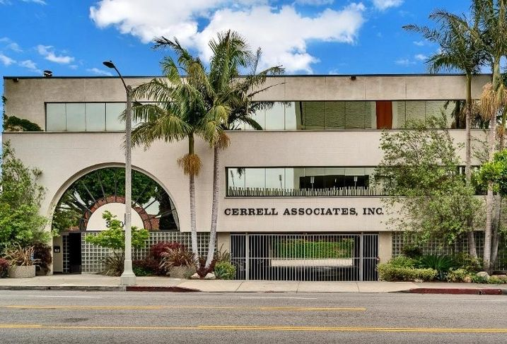 Cerrell Associates office building at 320 N. Larchmont Blvd. in Los Angeles