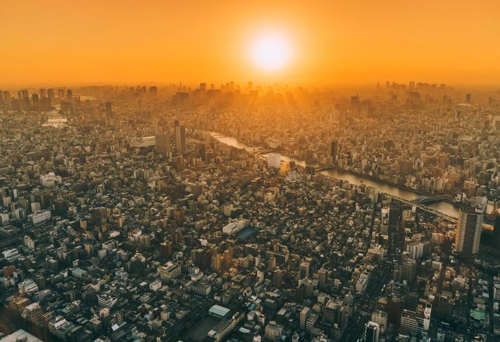 Heat Wave: How Rising Temperatures In Urban Heat Islands Are Challenging And Inspiring Developers