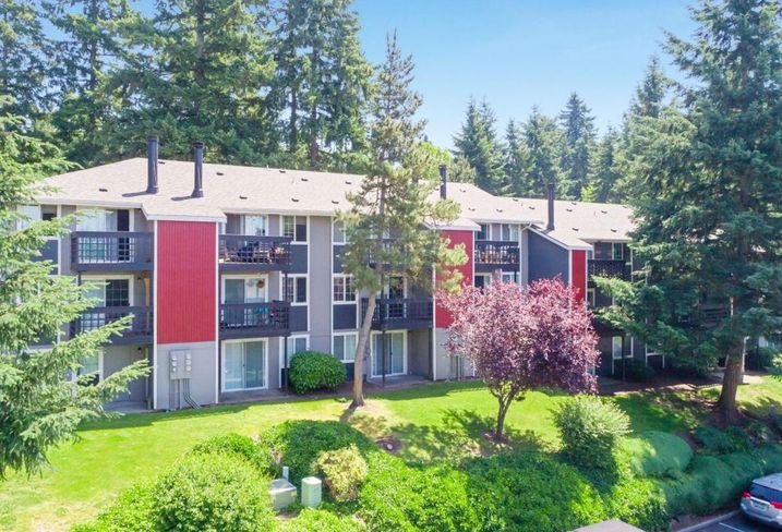 Kent Multifamily Complex Sells For $34.5M