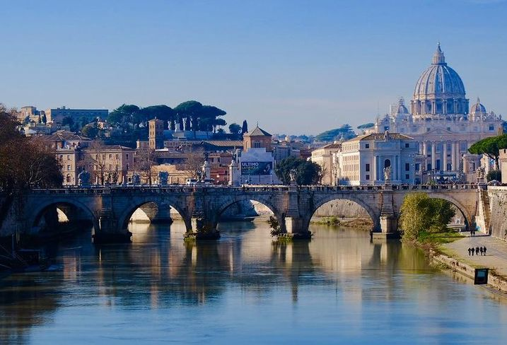 Big Global Investors Feel The Pinch Of Investment In Italian Retail
