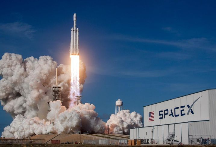 The Little Texas Town Giving SpaceX A Big Lift