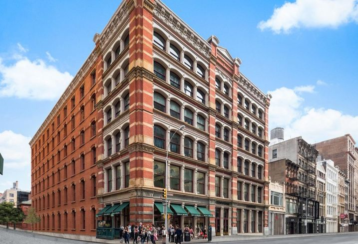 A Canadian Retailer Is Filling Dean & DeLuca's Iconic SoHo Space