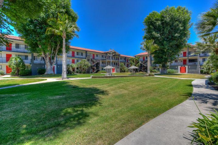 California Student Housing