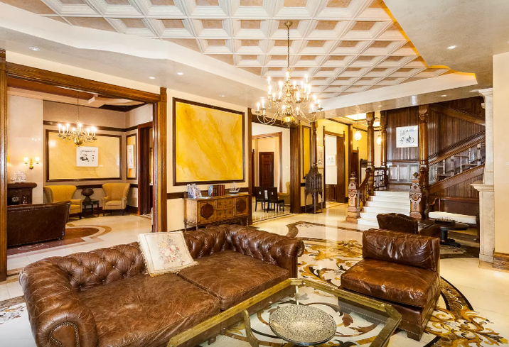 The Most Luxurious Airbnb In These 6 Major US Cities