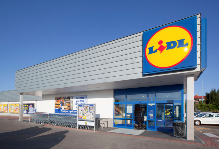 Lidl store front